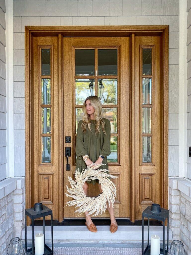 front door, fall olive green dress, faux straw front door wreath